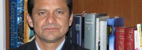 Jose Eduardo Mora - Master en Literatura